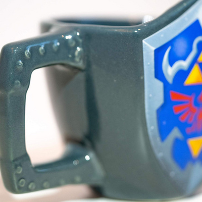 PALADONE THE LEGEND OF ZELDA LINK SHIELD SKODELICA